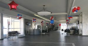empty-auto-showroom-balloon-630-getty